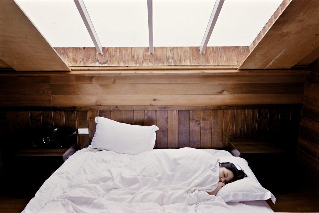 La chrononutrition met en avant l'importance du sommeil