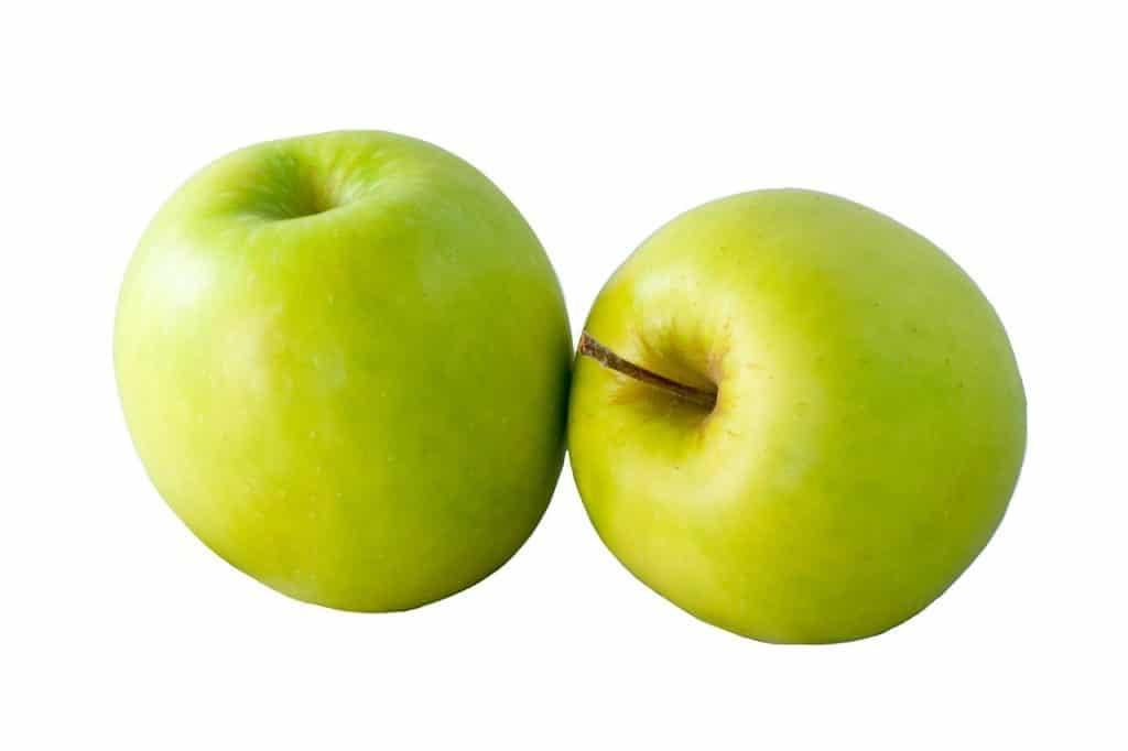 Deux pommes vertes