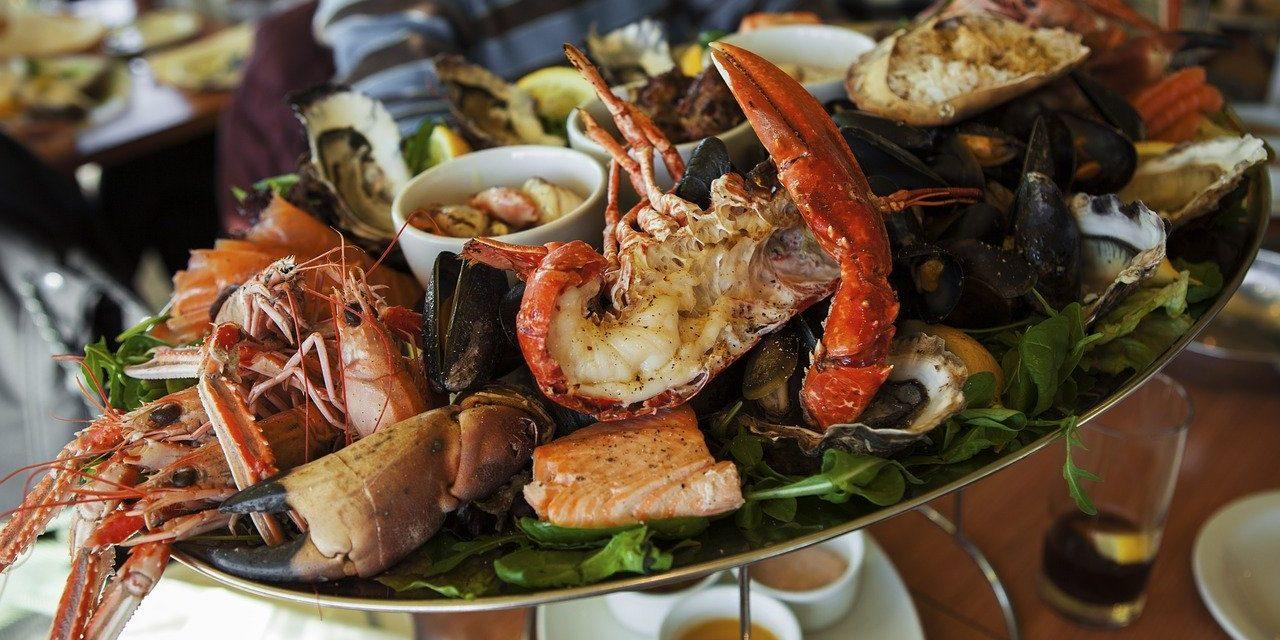 Pour un repas de réveillon léger et raffiné, pensez aux fruits de mer et crustacés !