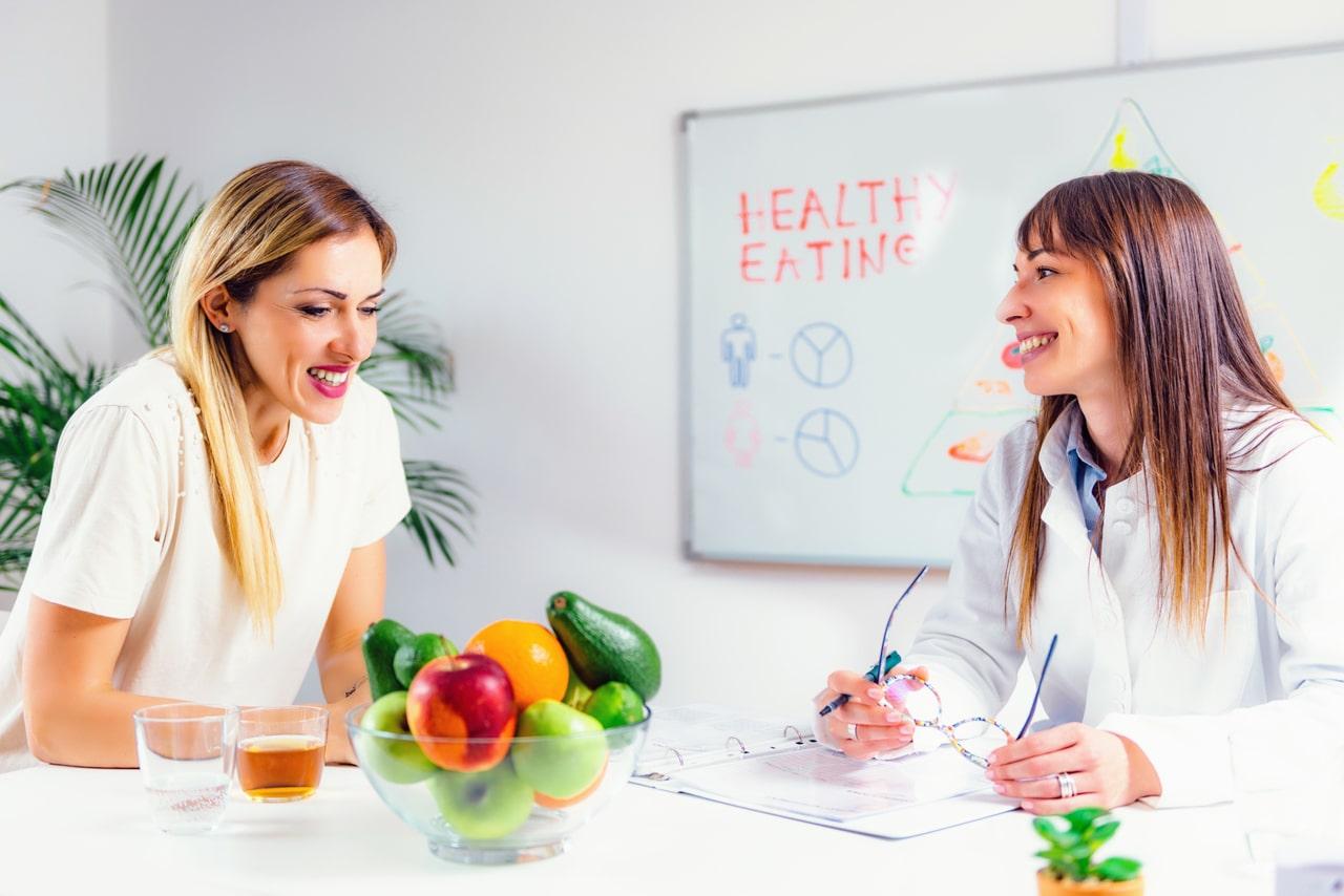 Différence entre nutritionniste et diététicien.