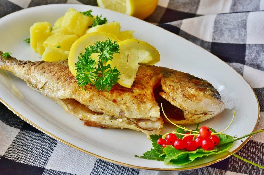 Le poisson dans le régime hyperprotéiné