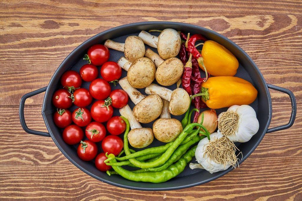 casserole dish, vegetables, mushrooms-2776735.jpg
